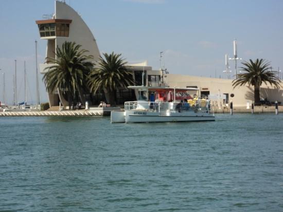 Visite du port en navette port de plaisance de port camargue journ es du patrimoine 2015 - Capitainerie de port camargue ...